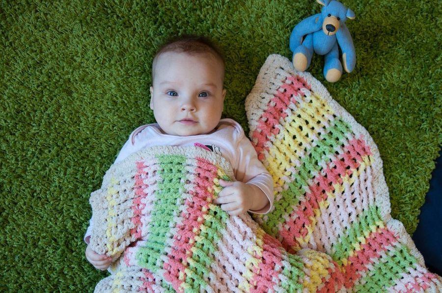 Любимый плед-одеяло моей дочки. Приятная вещица на любой сезон.