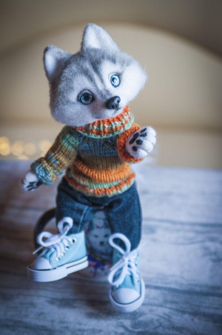 Кукла как кукла, только вместо лица - собачья морда. Немного странные, но милые игрушки моего авторства