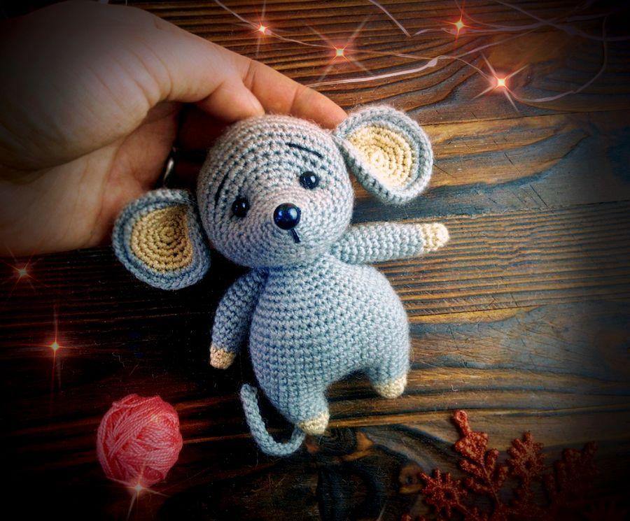 Новогодняя мышка-малышка в подарок. Делюсь описанием