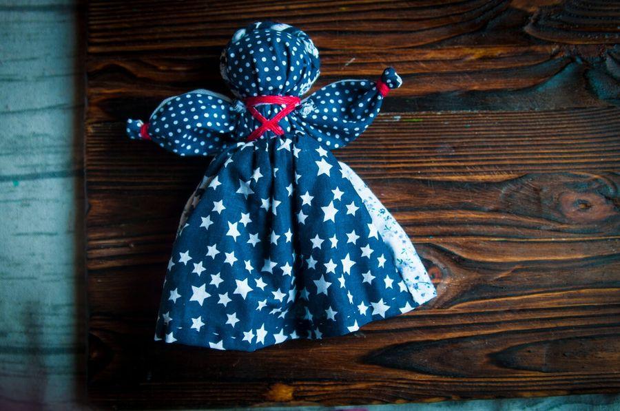 Кукла день-ночь.